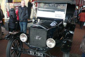 """(c) Organizatorių archyvo nuotr.Už legendinį """"Ford T"""" automobilį prašyta 60 tūkst. litų"""