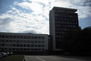 """(c) KaunoZinios.lt archyvo nuotr.Pramoninės statybos projektavimo instituto pastatas Vienybės aikštėje (dabar """"Pramprojektas"""")."""