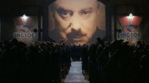 Istorija pasisuko kiek kitaip, nei savo knygoje numat4 George Orwell. Kai atėjo 1984, Eurazija jau braškėjo, o dabar štai ir dar labiau viskas keičiasi. Didžiąją Žemės dalį valdo Okeanija, kuri tik plečiasi, o mes einam kartu su ja.