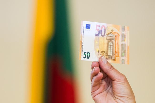 banknoto pristatymas