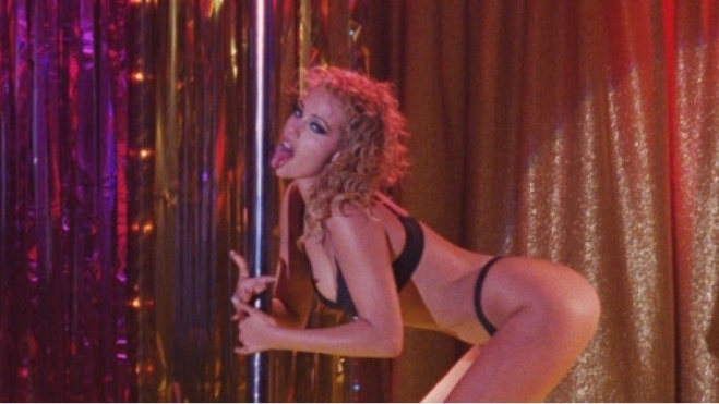 showgirls-3