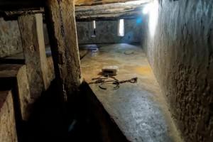 Skurdas ir galimybių užsitikrinti gerovę nebuvimas sudaro sąlygas plisti moderniai vergovei. J-pics.info nuotr./Flickr.com