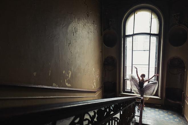 Darian-Volkova-Ballet-Architecture-Photography-10