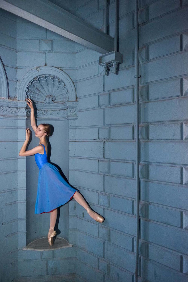 Darian-Volkova-Ballet-Architecture-Photography-12