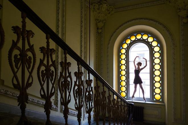Darian-Volkova-Ballet-Architecture-Photography-13