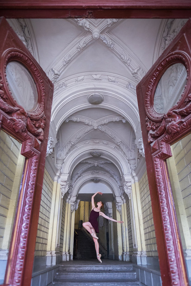 Darian-Volkova-Ballet-Architecture-Photography-23