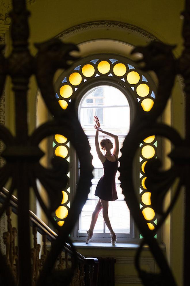 Darian-Volkova-Ballet-Architecture-Photography-28