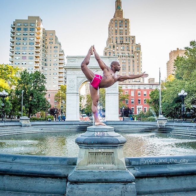 alexey-wind-yoga-in-the-city-5