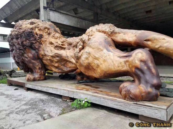 giant-lion-redwood-sculpture-5
