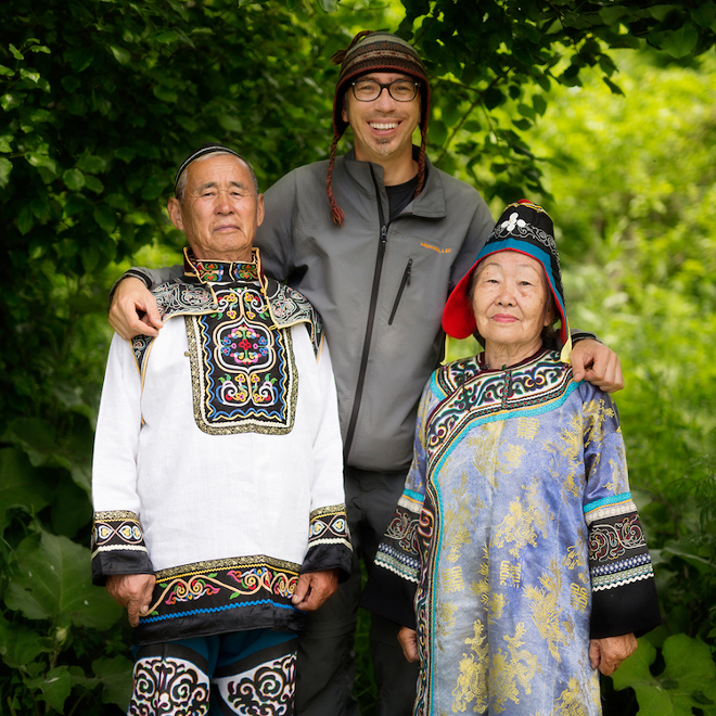 4-Alexander-Khimushin-in-Far-East-of-Siberia-with-Nanai-people