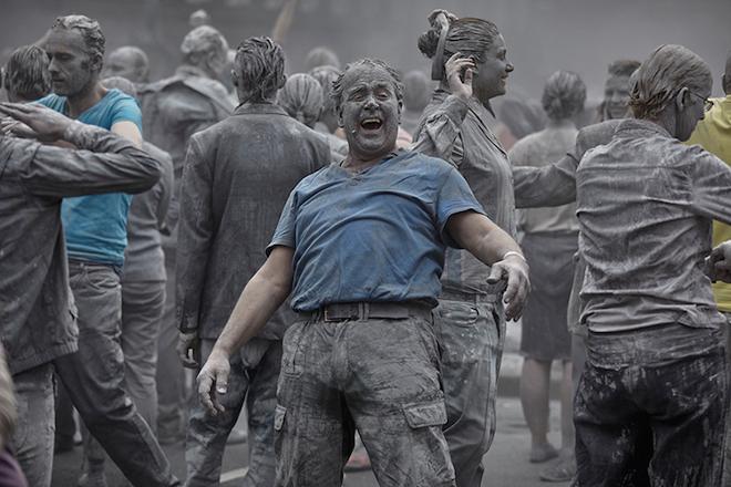 1000-GESTALTEN-g20-protest-art-11