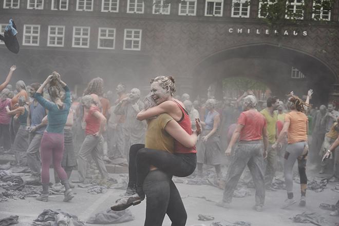 1000-GESTALTEN-g20-protest-art-15