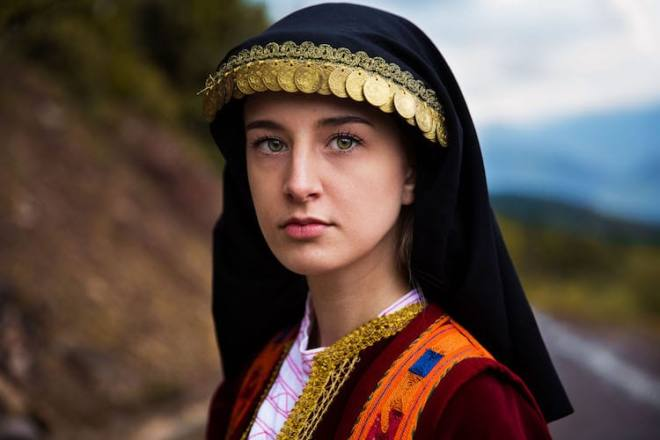 18.Greece-Mihaela-Noroc-Atlas-Beauty