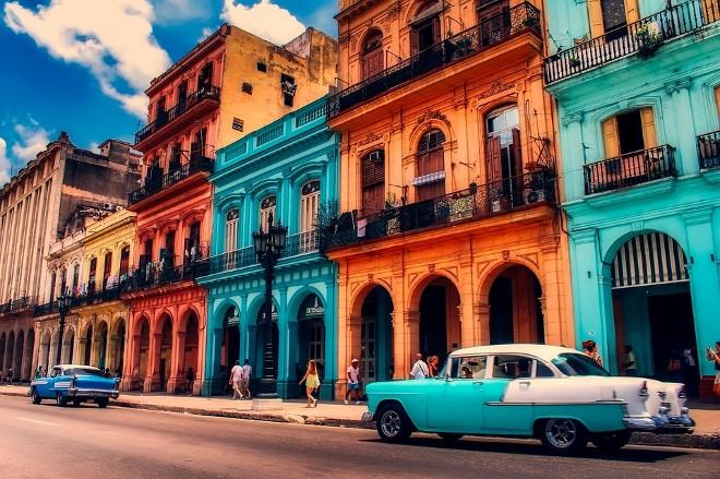 thumbnail_Kuba_Havana_vintazines masinos
