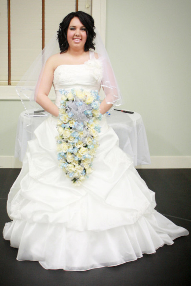 0223-woman-wedding-dress-fire-01