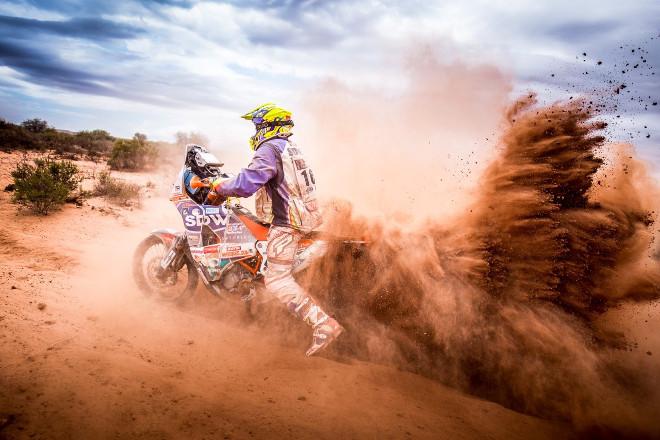 thumbnail_Andriaus Lauciaus uzfiksuota 2017 Dakaro ralio akimirka (8)
