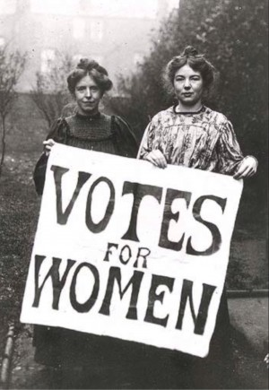 Moterys balsuoja