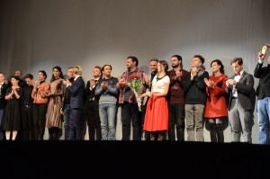 """""""Pelėdų kalno"""" aktoriai po premjeros / Organizatorių archyvo nuotr."""