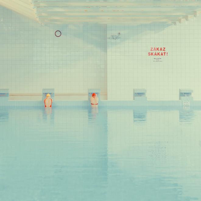 swimmers-maria-svarbova-12
