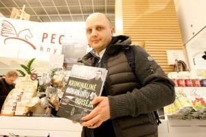 """Knygos """"Kriminalinė Agurkinių odisėja"""" autorius Dailius Dargis  / Asmeninio archyvo nuotr."""