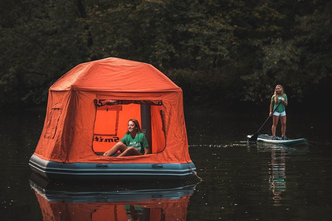 floating-tent-smithfly-3