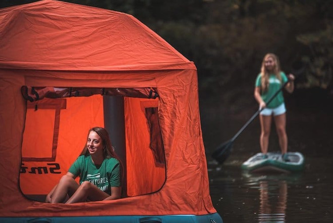 floating-tent-smithfly-4