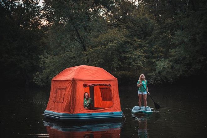 floating-tent-smithfly-8