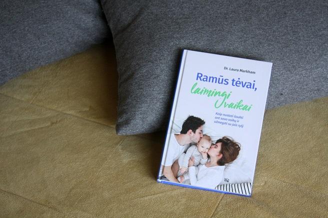 """Knyga """"Ramūs tėvai, laimingi vaikai"""" / Godos Malinauskaitės nuotr."""