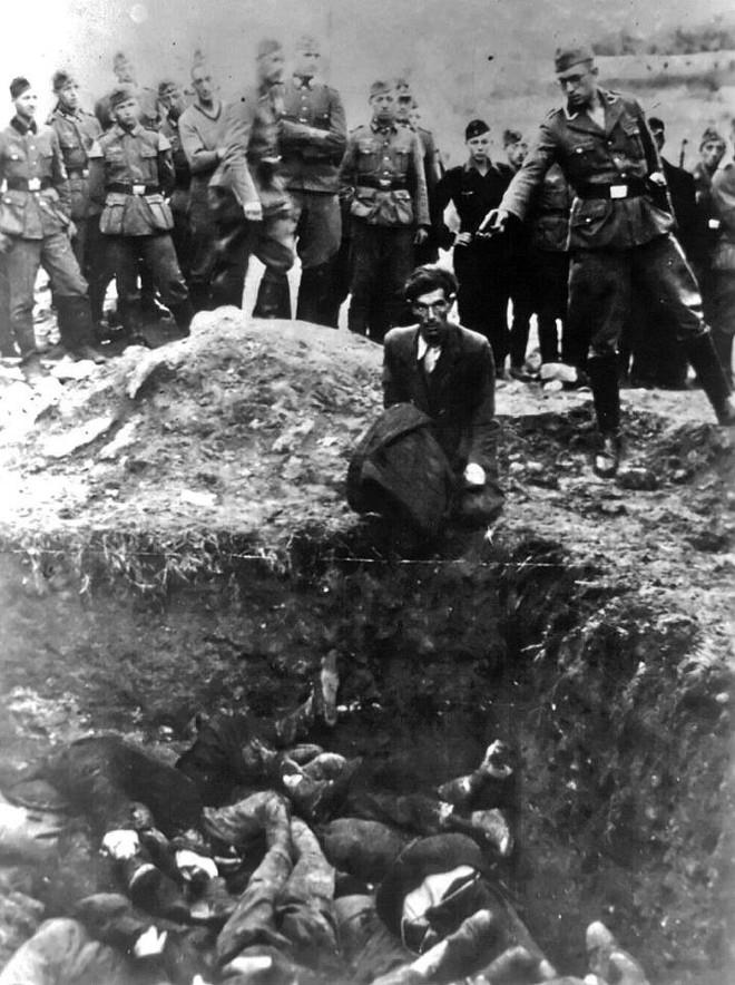 Holokaustas 2