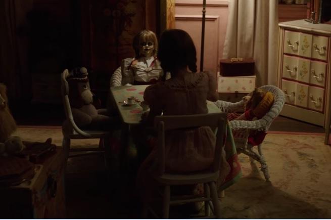 Siaubo filmas Annabelle 3