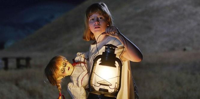 Siaubo filmas horror film Annabelle 3