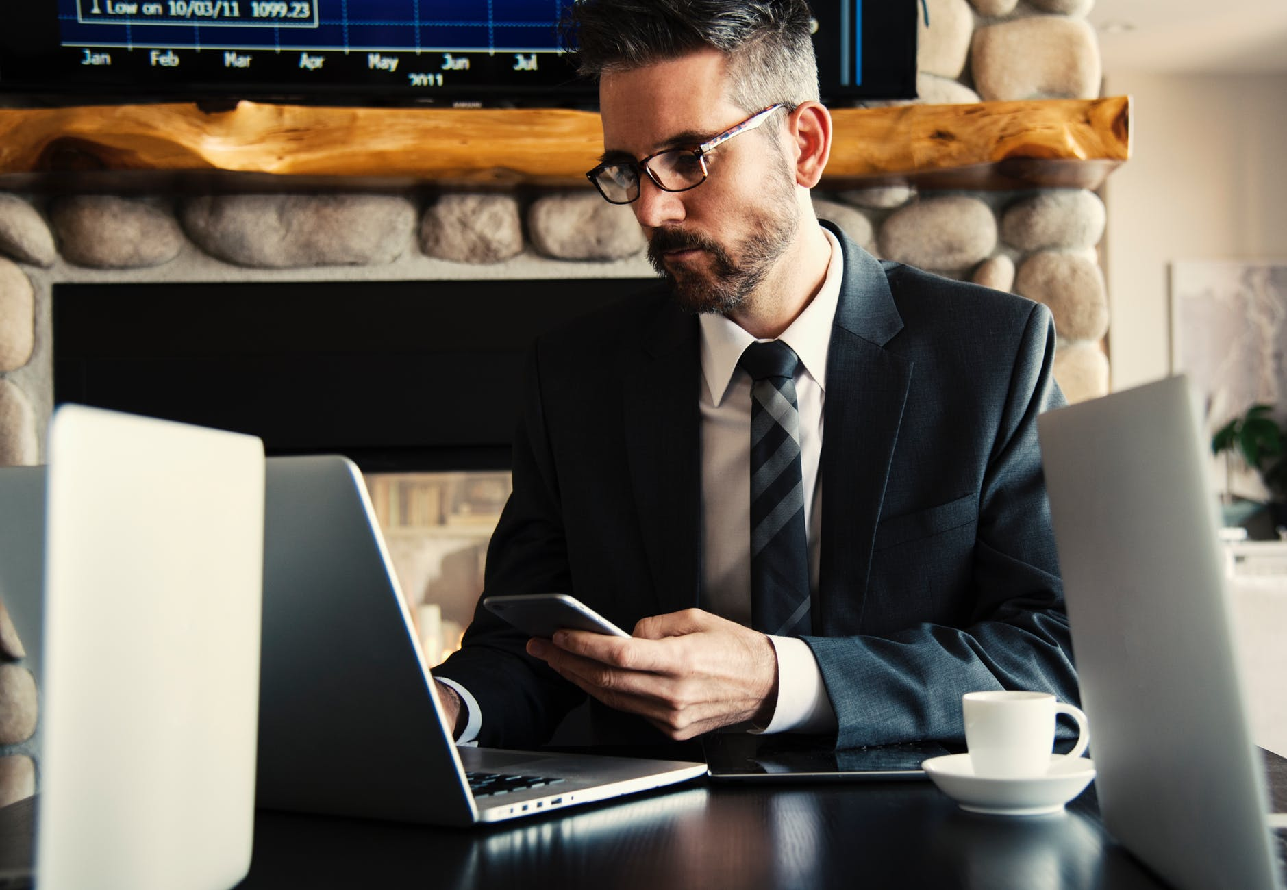 Kaip atpažinti įmonę tyliai griaunantį darbuotoją